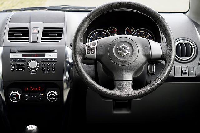 interiér Suzuki